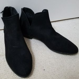 Kenneth Cole Reaction Boots